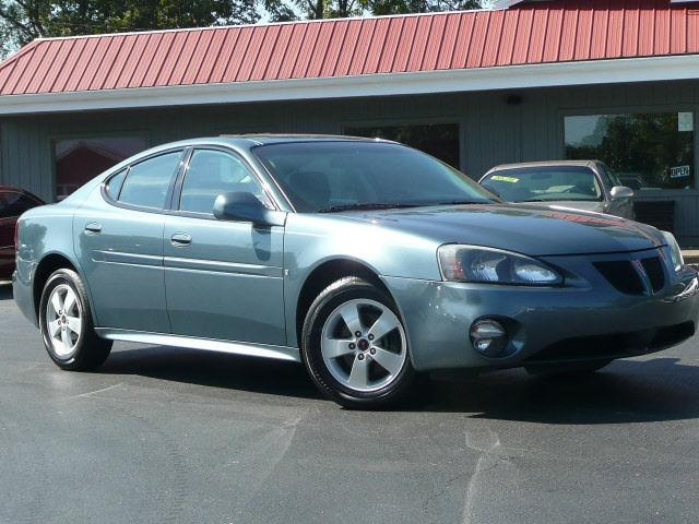 2006 pontiac grand prix base for sale in russellville kentucky classified. Black Bedroom Furniture Sets. Home Design Ideas