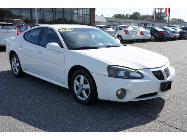 2006 pontiac grand prix base for sale in statesville north carolina classified. Black Bedroom Furniture Sets. Home Design Ideas