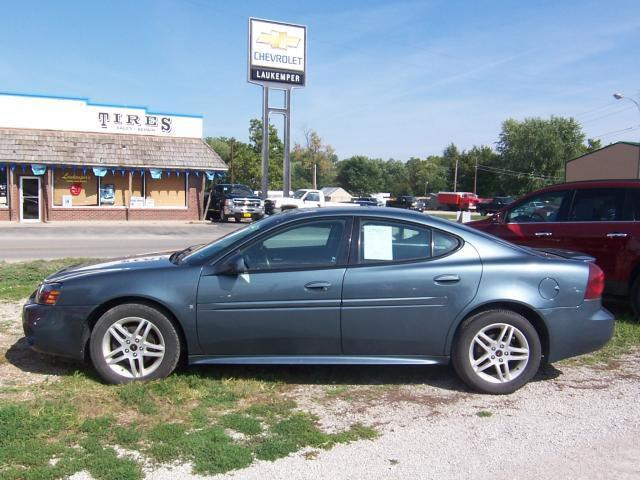 2006 pontiac grand prix gt for sale in mound city. Black Bedroom Furniture Sets. Home Design Ideas