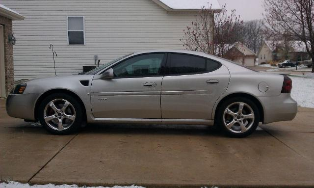 2006 pontiac grand prix gxp for sale in wright city missouri classified. Black Bedroom Furniture Sets. Home Design Ideas