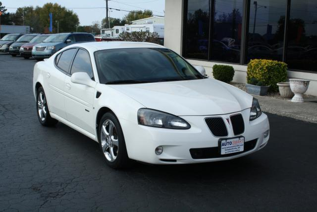 2006 pontiac grand prix gxp for sale in campbellsville kentucky classified. Black Bedroom Furniture Sets. Home Design Ideas
