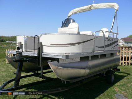 2006 starcraft 14 39 pontoon boat with 25 hp mercury for for Mercury outboard motors for sale in florida
