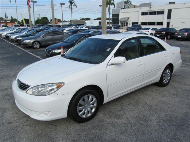 2006 toyota camry le for sale in fort lauderdale florida classified americ. Black Bedroom Furniture Sets. Home Design Ideas