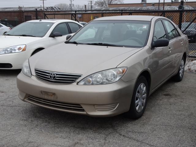 2006 toyota camry le le 4dr sedan w manual for sale in oak lawn illinois classified. Black Bedroom Furniture Sets. Home Design Ideas