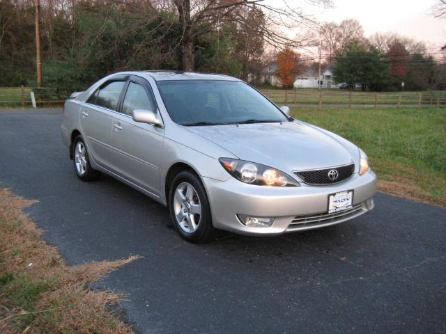 2006 toyota camry se for sale in fredericksburg virginia classified. Black Bedroom Furniture Sets. Home Design Ideas