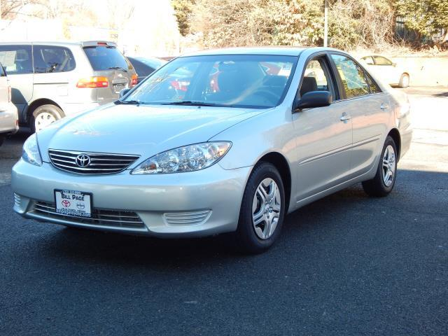 2006 toyota camry se se 4dr sedan w automatic for sale in falls church virginia classified. Black Bedroom Furniture Sets. Home Design Ideas