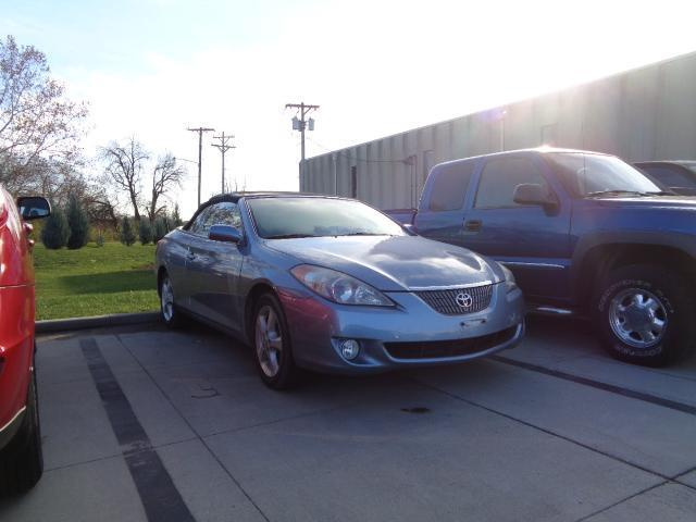 2006 toyota camry solara se v6 se v6 2dr convertible for sale in springfield illinois. Black Bedroom Furniture Sets. Home Design Ideas