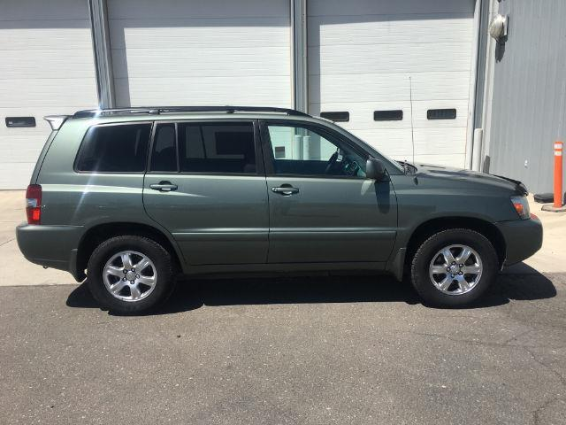 2006 toyota highlander base awd 4dr suv w 3rd row for sale in hollister idaho classified. Black Bedroom Furniture Sets. Home Design Ideas