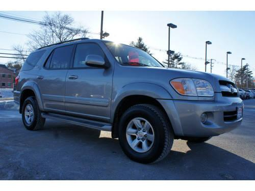 2006 toyota sequoia suv 4x4 sr5 for sale in raynham massachusetts classified. Black Bedroom Furniture Sets. Home Design Ideas