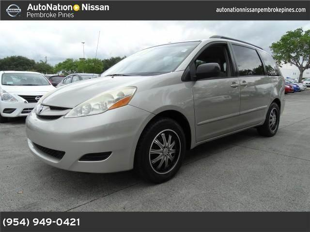 2006 toyota sienna for sale in hollywood florida classified. Black Bedroom Furniture Sets. Home Design Ideas