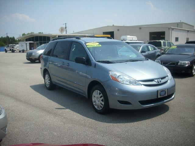 2006 toyota sienna le for sale in burgaw north carolina classified. Black Bedroom Furniture Sets. Home Design Ideas