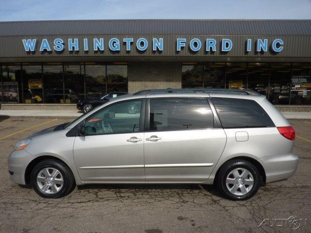 2006 toyota sienna le brown 2006 toyota sienna le car for sale in washington pa 4367120476. Black Bedroom Furniture Sets. Home Design Ideas