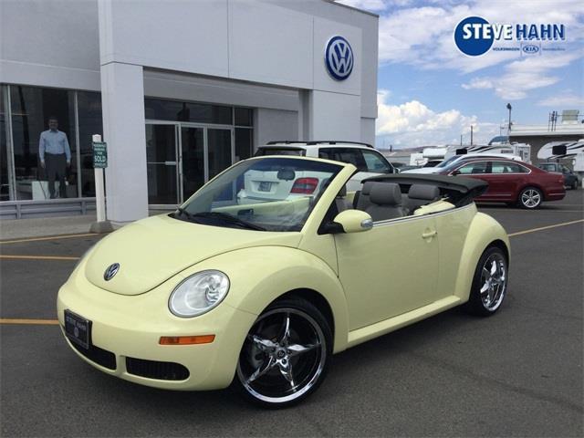 2006 Volkswagen New Beetle 2 5 2dr Convertible