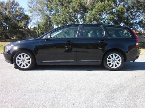 2006 volvo v50 2 5 turbo station wagon for sale in sarasota florida. Black Bedroom Furniture Sets. Home Design Ideas