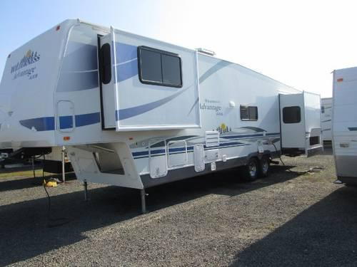 2006 Wilderness Advantage Ax6 5th Wheel Front Upper Living Room For Sale In Mcminnville