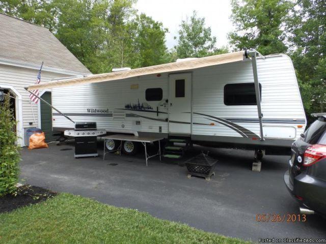 Fantastic 2012 Heartland RV RV Country Ridge CR 40FKSS For Sale In