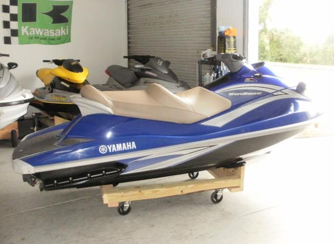2006 yamaha vx deluxe 63 hours we finance 63 foot 2006