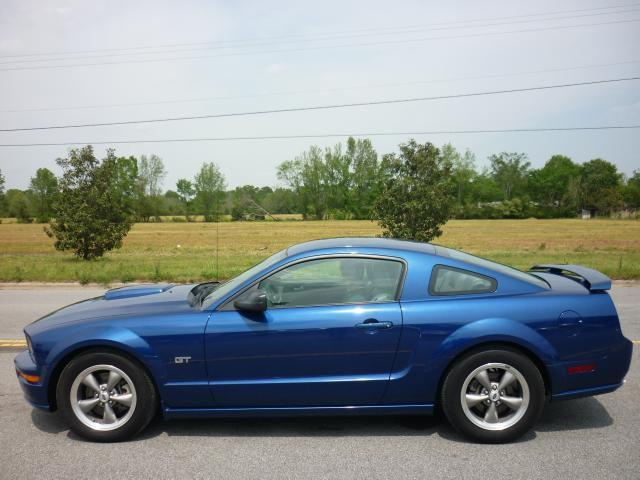 2006 Ford Mustang GT for Sale in Farmville, North Carolina ...