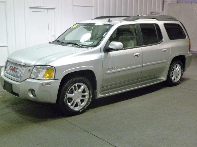 2006 GMC Envoy / Envoy XL Denali Owners Manual Set  FREE SHIPPING