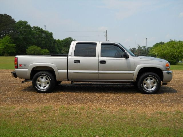 2006 gmc sierra 1500 slt crew cab for sale in magee mississippi classified. Black Bedroom Furniture Sets. Home Design Ideas