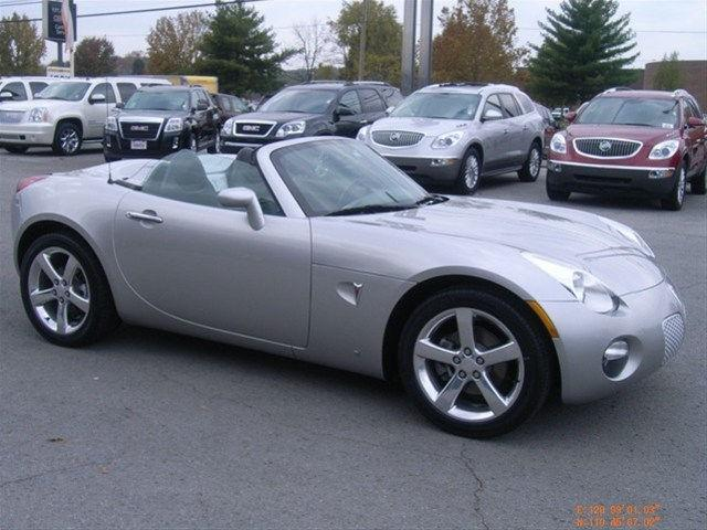 2006 pontiac solstice for sale in fayetteville tennessee classified. Black Bedroom Furniture Sets. Home Design Ideas