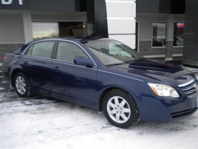 2006 toyota avalon xl for sale in saint albans vermont classified. Black Bedroom Furniture Sets. Home Design Ideas