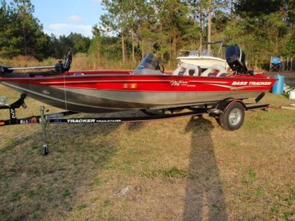 2007 ``Bass Tracker`` Pro Team`` 175 TXW`` 60 Hp 4 Stroke