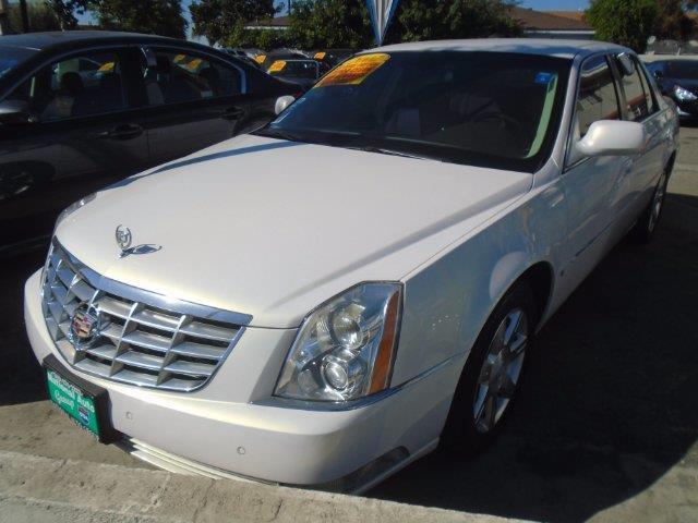 2007 Cadillac DTS Base 4dr Sedan