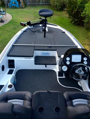 2007 champion 200dcx elite bass boat for sale in longview texas classified. Black Bedroom Furniture Sets. Home Design Ideas
