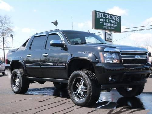2007 chevrolet avalanche 1500 truck crew cab ltz lifted 4x4 for sale in fairless hills. Black Bedroom Furniture Sets. Home Design Ideas