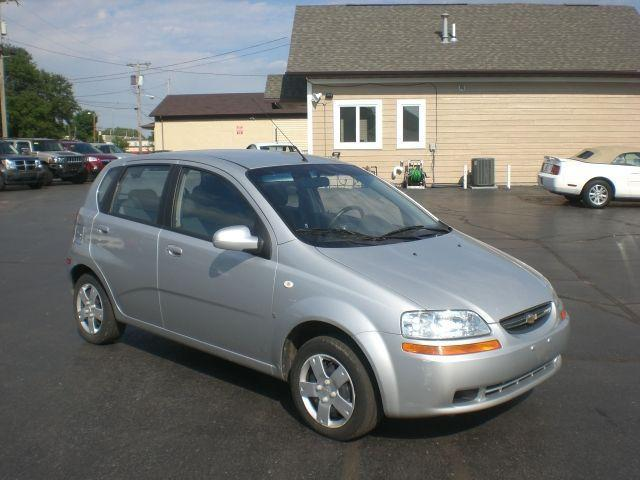 2007 chevrolet aveo 5 ls for sale in marseilles illinois. Black Bedroom Furniture Sets. Home Design Ideas