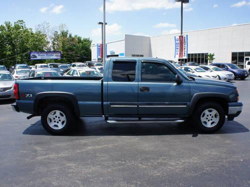 2007 chevrolet silverado 1500 classic extended cab pickup 4x4 ls for sale in belle center. Black Bedroom Furniture Sets. Home Design Ideas