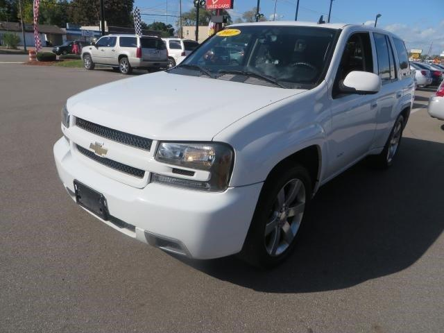 2007 chevrolet trailblazer ss grand rapids mi for sale in wyoming michigan classified. Black Bedroom Furniture Sets. Home Design Ideas