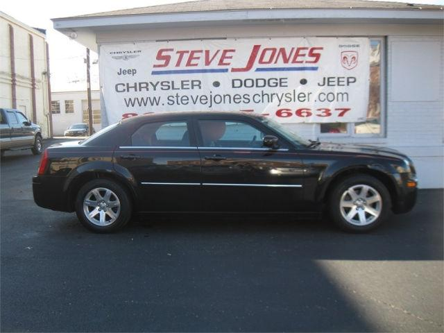 2007 chrysler 300 base for sale in owensboro kentucky classified. Black Bedroom Furniture Sets. Home Design Ideas
