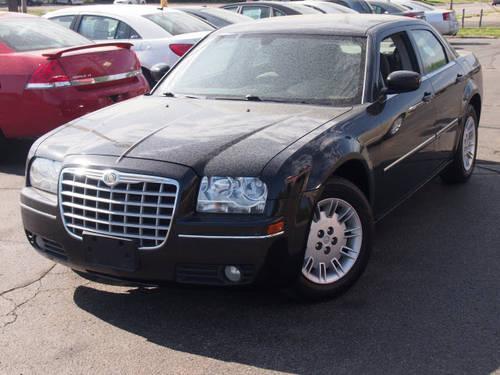 2007 chrysler 300 sedan touring for sale in jackson michigan classified. Black Bedroom Furniture Sets. Home Design Ideas