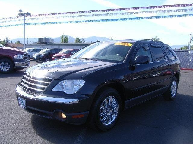 2007 chrysler pacifica 4dr all wheel drive touring touring for sale in grants pass oregon. Black Bedroom Furniture Sets. Home Design Ideas
