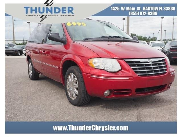 2007 Chrysler Town and Country Limited Limited 4dr