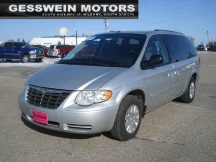2007 chrysler town and country lx for sale in milbank south dakota classified. Black Bedroom Furniture Sets. Home Design Ideas