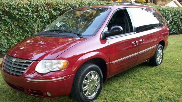 2007 chrysler town country limited mint condition come see for sale in de land florida. Black Bedroom Furniture Sets. Home Design Ideas