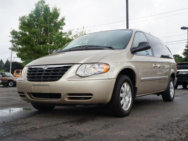 2007 chrysler town country lwb touring for sale in monroe michigan classified. Black Bedroom Furniture Sets. Home Design Ideas