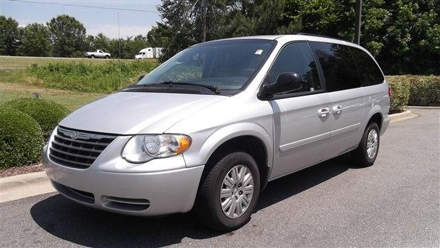 2007 chrysler town country lx for sale in cornelius north carolina classified. Black Bedroom Furniture Sets. Home Design Ideas