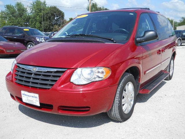 2007 chrysler town country touring for sale in seneca kansas. Cars Review. Best American Auto & Cars Review