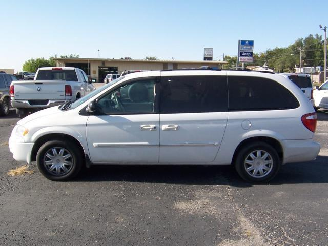 2007 chrysler town country touring for sale in mound city missouri classified. Black Bedroom Furniture Sets. Home Design Ideas