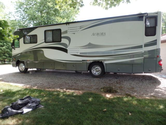 2007 Coachman Aurora 36 fws Full Wall Slide New Tires
