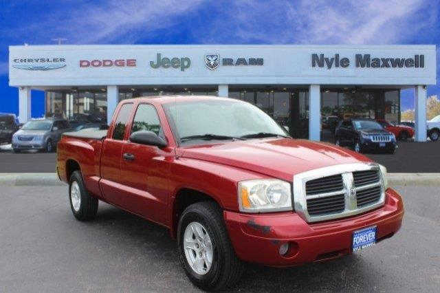 2007 Dodge Dakota SLT SLT 4dr Club Cab SB