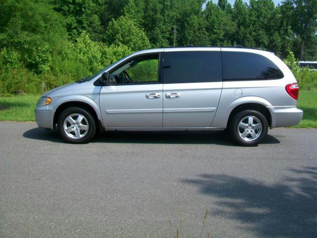 2007 dodge grand caravan sxt for sale in lancaster south carolina classified. Black Bedroom Furniture Sets. Home Design Ideas