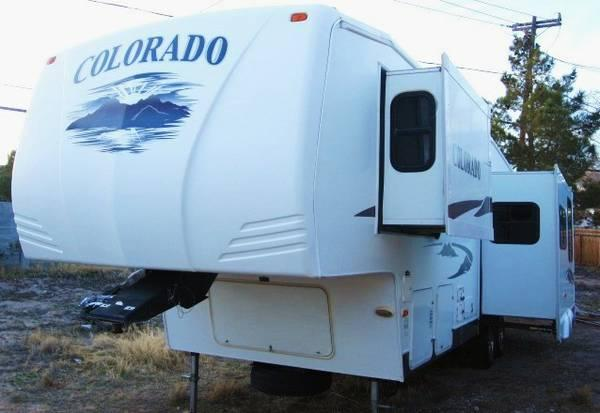 2007 Dutchmen Colorado Fifth Wheel Two Slides Bunk Beds In The