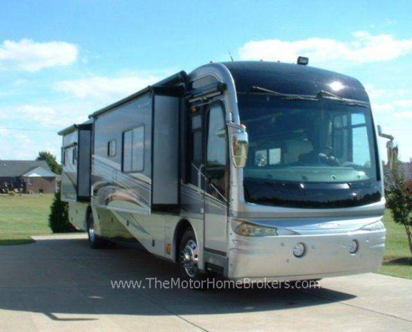 2007 Fleetwood Revolution LE w/4 Slide-Outs *REDUCED*