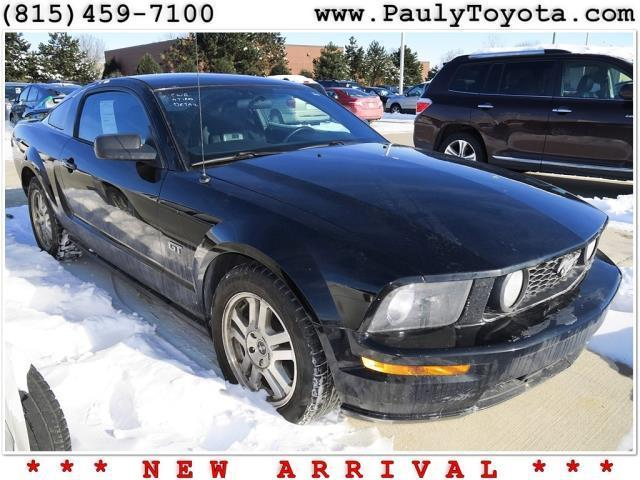 2007 ford mustang gt deluxe gt deluxe 2dr coupe for sale in crystal lake illinois classified. Black Bedroom Furniture Sets. Home Design Ideas