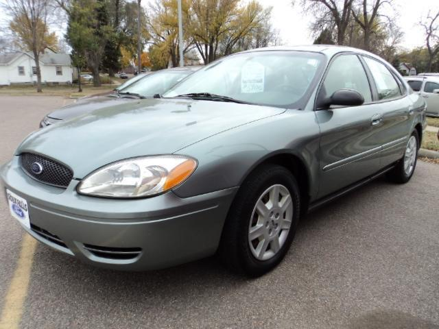 2007 ford taurus se for sale in sioux falls south dakota classified. Black Bedroom Furniture Sets. Home Design Ideas
